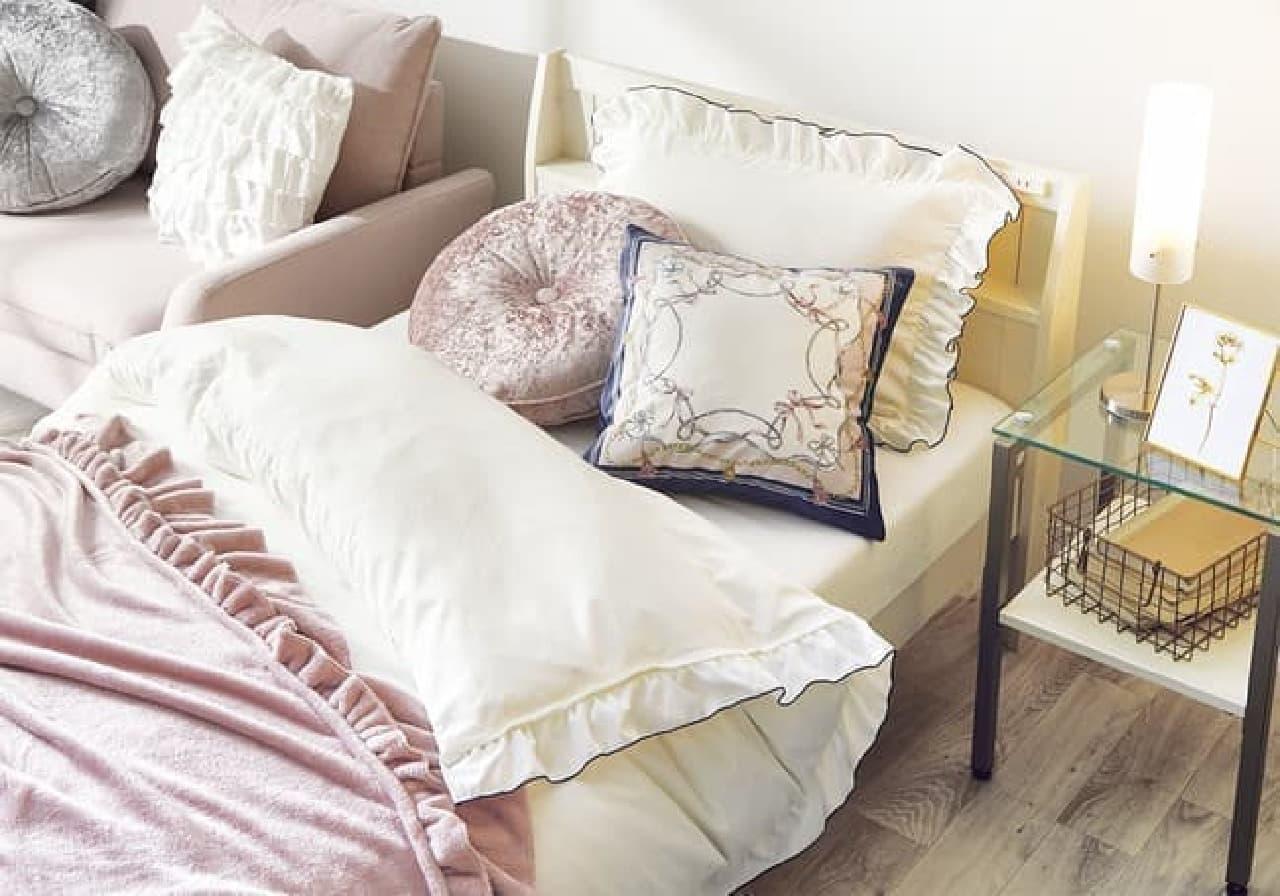 ニトリ デコホームから秋の新商品 -- ラグジュアリーなクッションカバー・寝具など