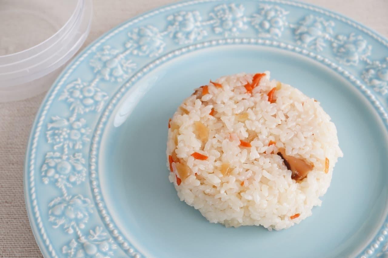 「ジップロック スクリューロック 300ml」で作る「お寿司ケーキ」
