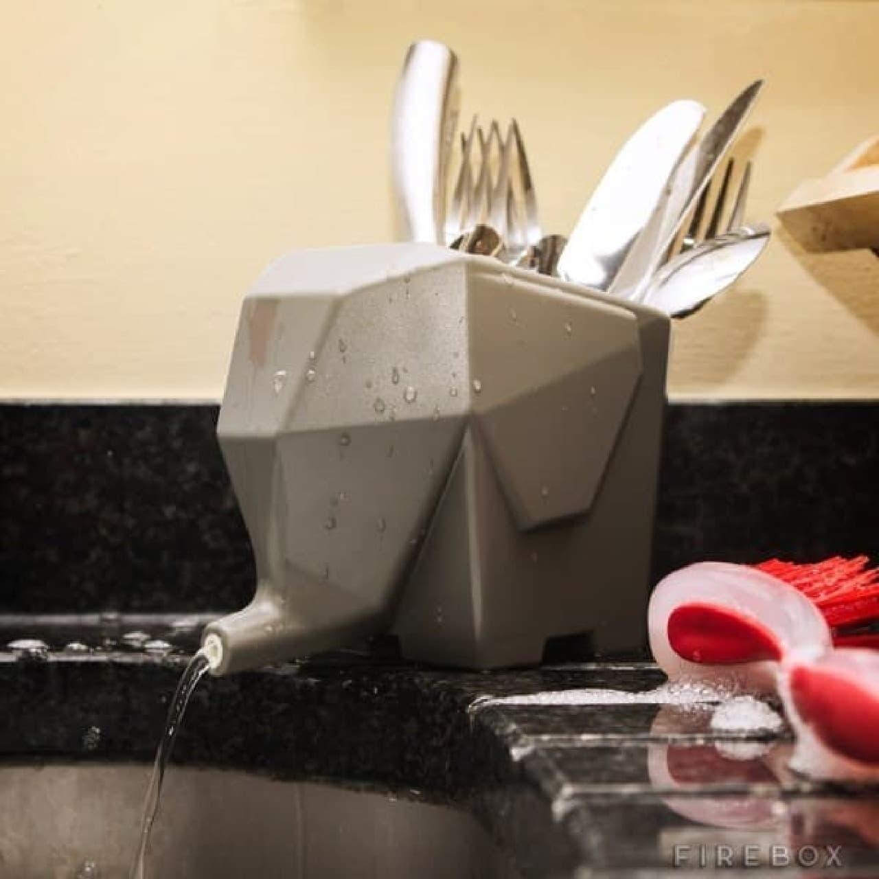 カトラリー用、ゾウさん型水切りラック「Jumbo Cutlery Drainer」
