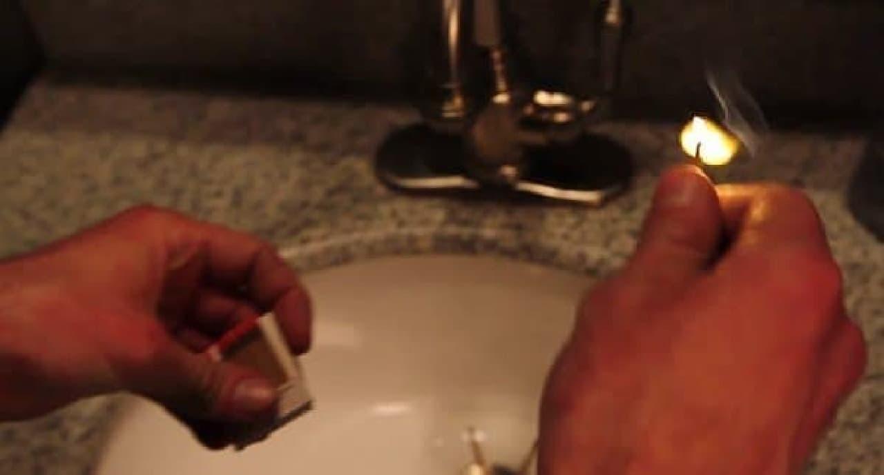 米国のシェアハウスのトイレには必ず置いてあるマッチ  だが、その効果は不明だ