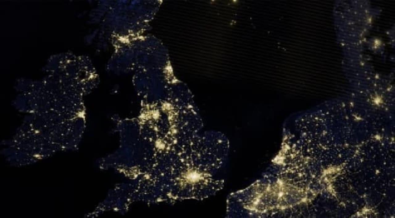 その電力量は、イングランド中の街灯を一晩中灯すのに十分な量なのだそう  びっくりですね!
