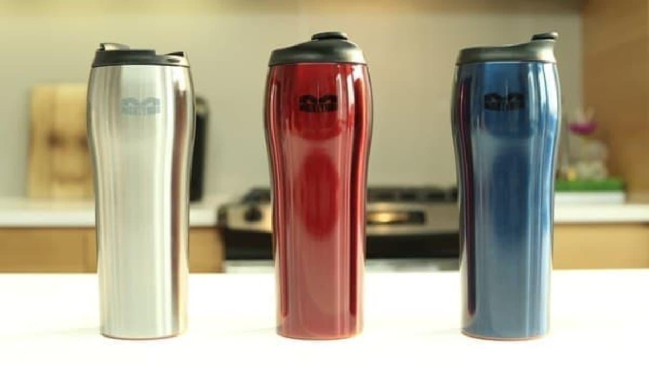 真空断熱モデルの「One Mighty Mug Go Stainless Steel」  デザインが改善されてます!