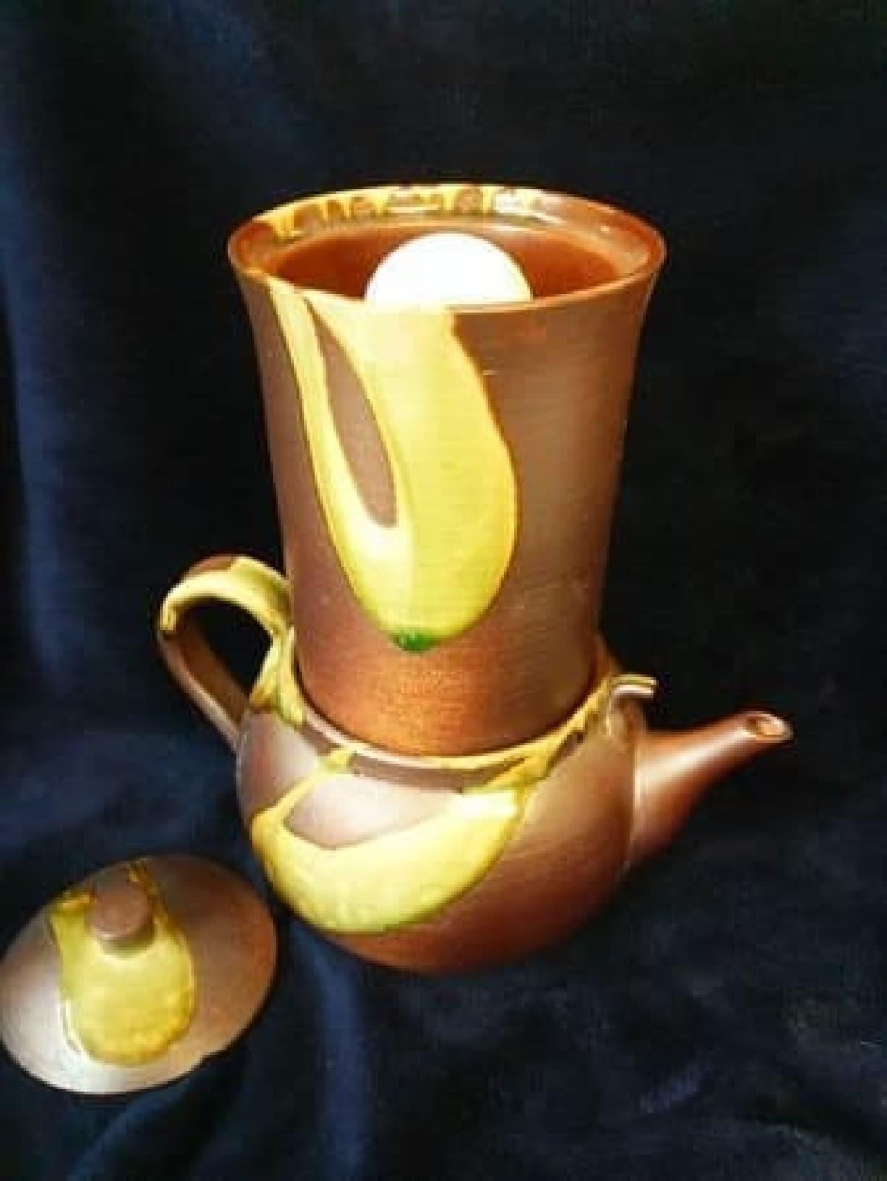 グランプリに選ばれた「卓上型百年のしずく(陶器製浄水器)」