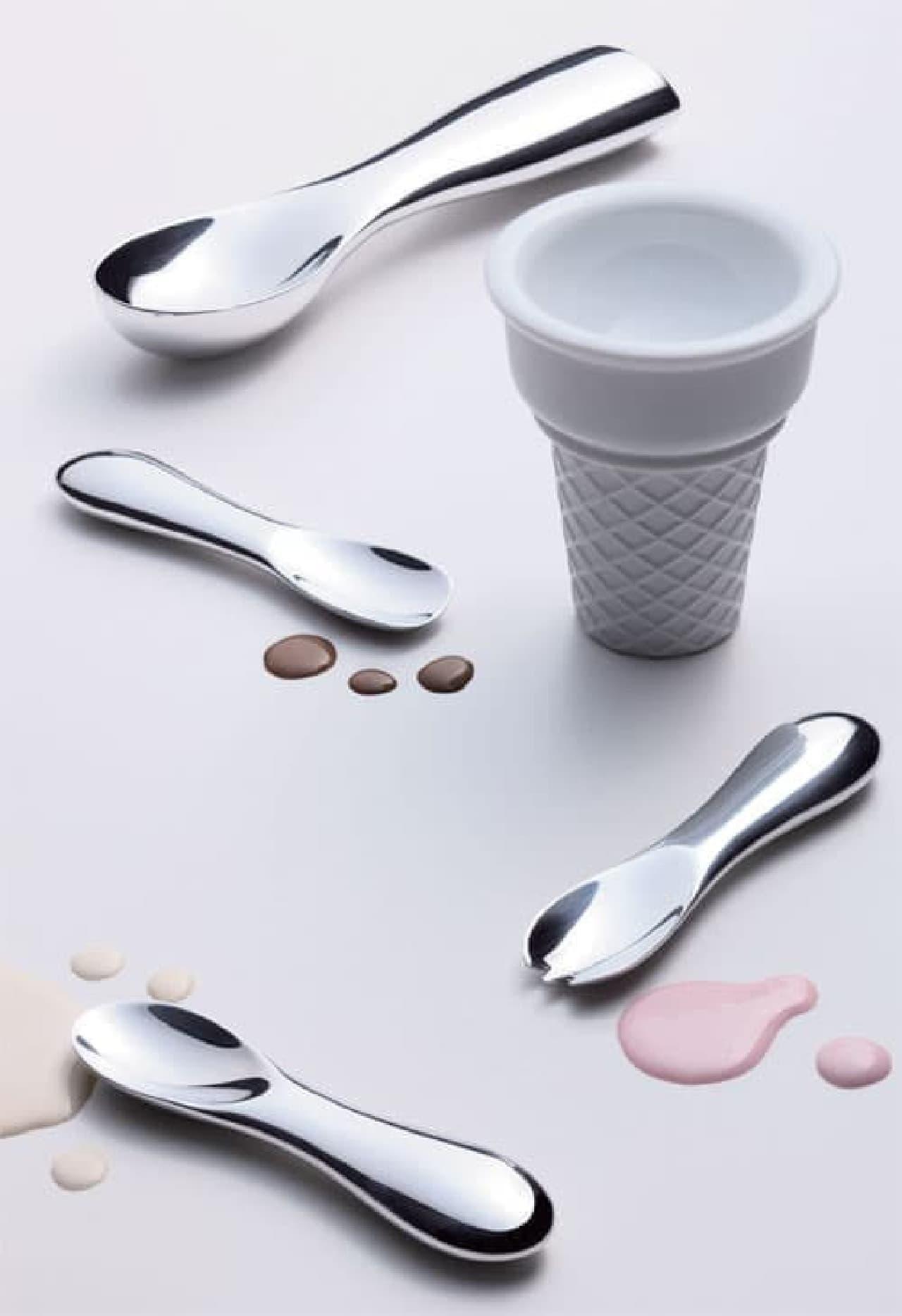 アイスクリームカップだけは、すぐに買えるみたいです